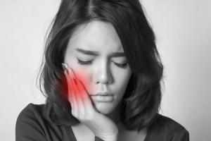 Freiliegende und hypersensible Zahnhälse